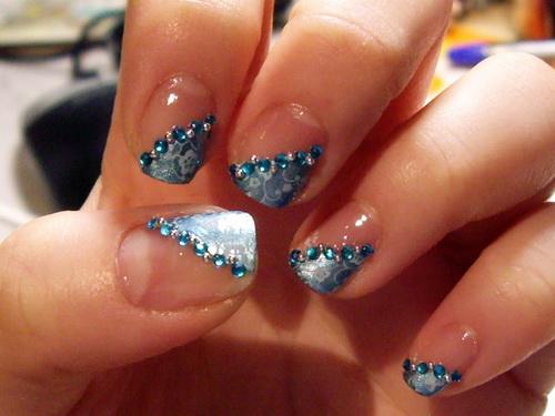 Blue diamond nail art