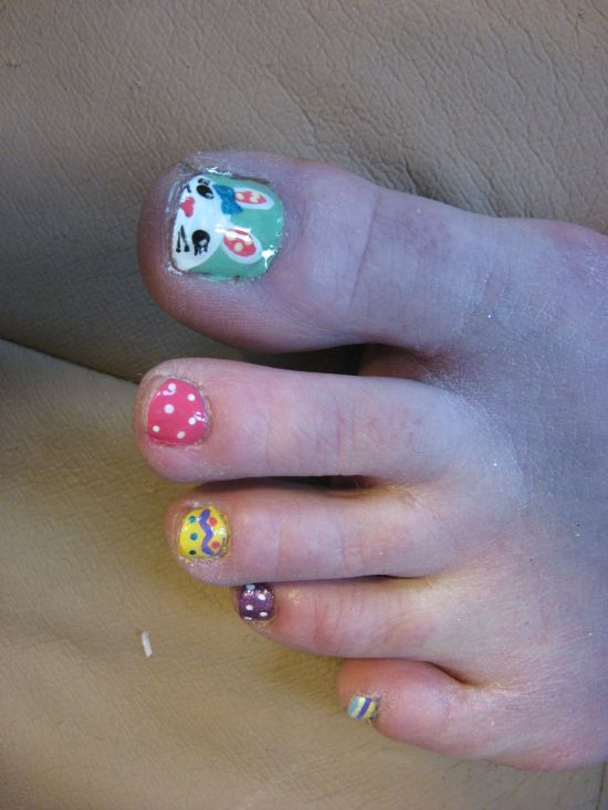 Easter nail art for toes