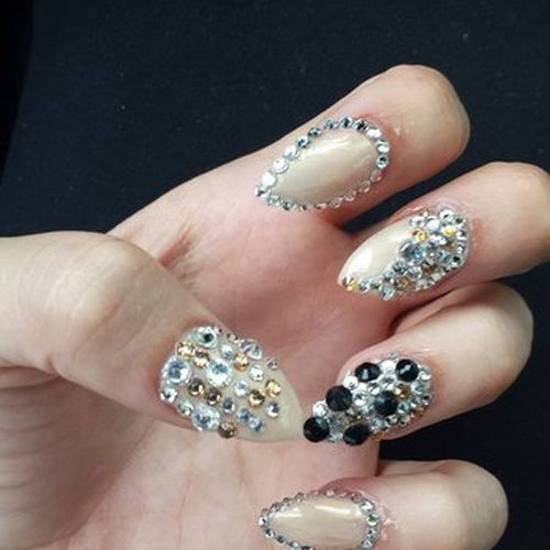 3d Nail Art With Diamonds - Nail Art Ideas