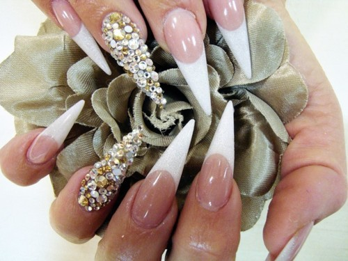 Pointed diamond nails - 35 Best Diamond Nail Art Ideas 2014 Nail Design Ideaz