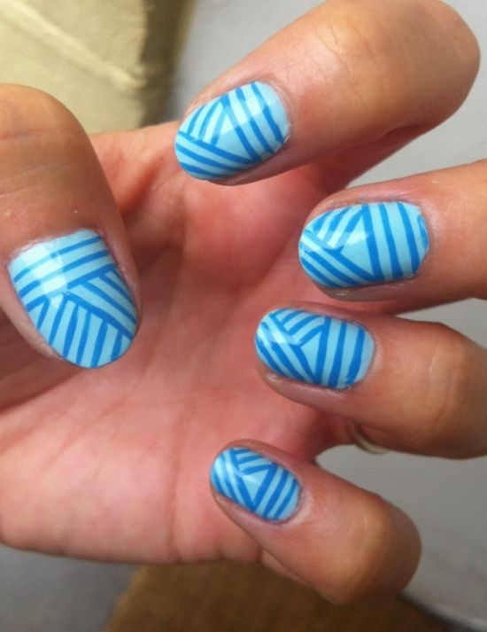 Blue pattern striped nail art