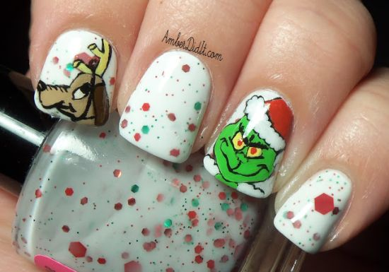 Mr Grinch Christmas nails