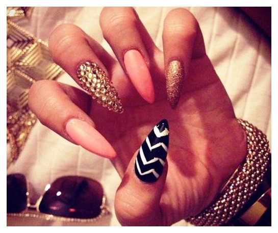 Stiletto celebrity nail ideas