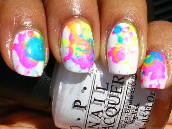 Gorgeous Splatter Nail Art