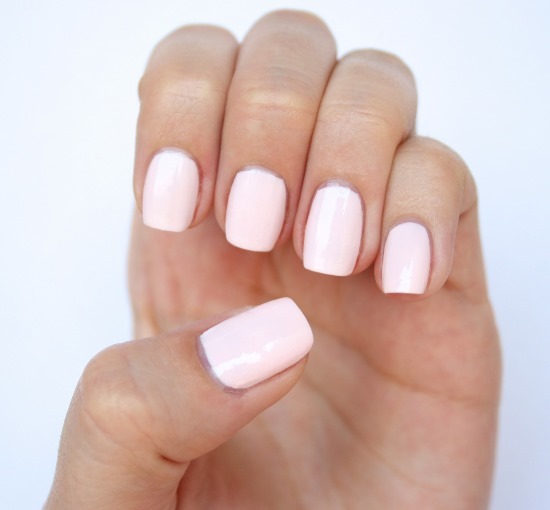 Top 40 Nail Polishes For Fair Skin Tone