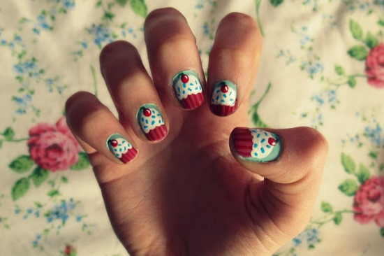 15 cute cupcake nail art tutorials nail design ideaz nail art tutorials prinsesfo Gallery