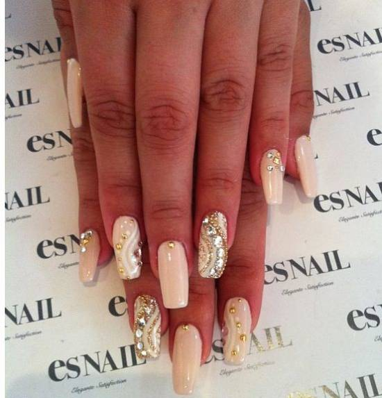 40 Gorgeous Nude Nail Designs | Nail Design Ideaz