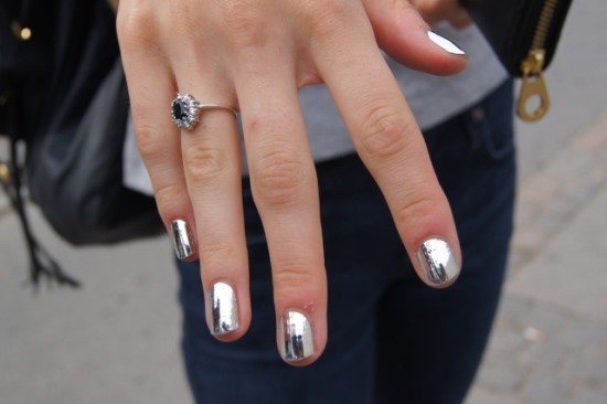 40 Pretty Silver Nail Art Designs Nail Design Ideaz