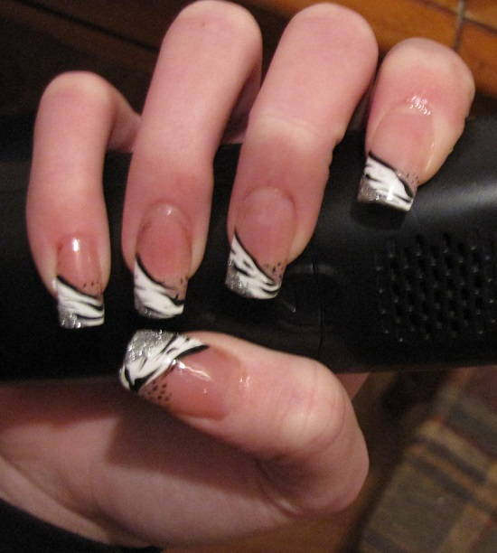 40 Black And White Nail Art Designs | Nail Design Ideaz