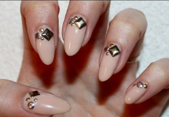 40 gorgeous nude nail designs nail design ideaz nude nail polish sciox Gallery
