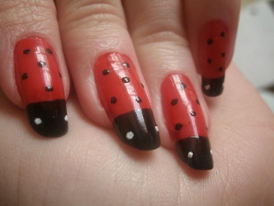 Ladybug Nails Designs