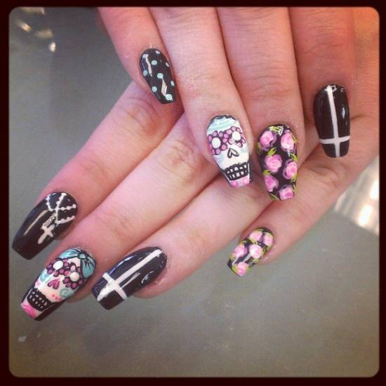 Skull Nail Art - 21 Killer Skull Nail Art Design Tutorials Nail Design Ideaz