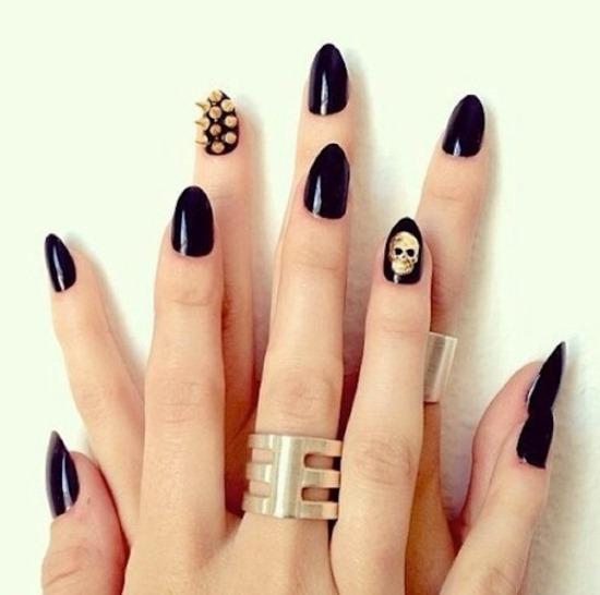 50 rocking skull nail art designs nail design ideaz image credit nails designs skull nail art prinsesfo Image collections