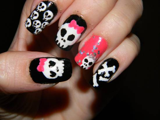Skull Nails - 21 Killer Skull Nail Art Design Tutorials Nail Design Ideaz