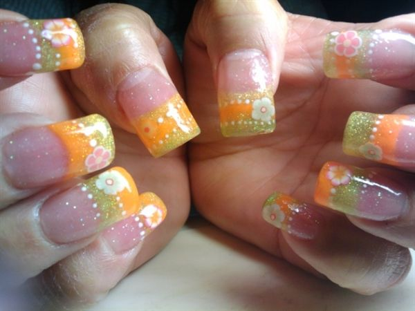 Tropical Nail Art With Sparkle Flowers And Dots