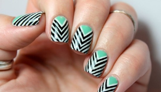 20 diy chevron nails tutorials nail design ideaz multi layer chevron nails solutioingenieria Gallery