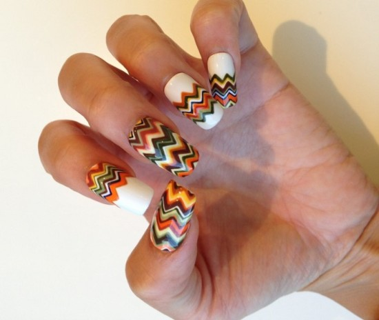 20 diy chevron nails tutorials nail design ideaz mesmerizing chevron nails solutioingenieria Gallery