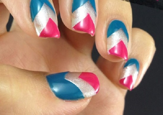 20 diy chevron nails tutorials nail design ideaz captain america chevron nails solutioingenieria Gallery