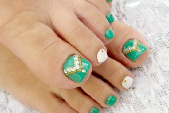 Green Princess Nail Art