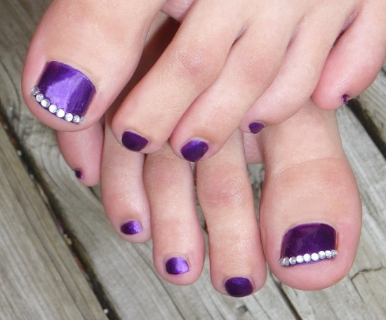 The Purple Black Mirror Toe Nail Art