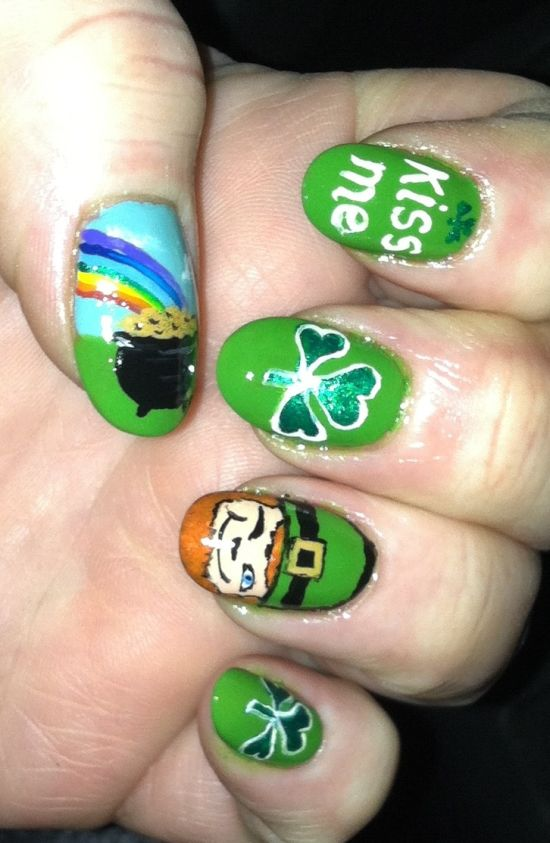 Green Kiss Me Irish Nails - 31 Glam St.Patrick's Day Nail Designs Nail Design Ideaz