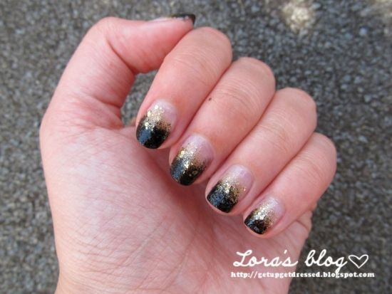 Alluring black and gold glitter gradient nail design - 35 Perfect Black And Gold Nail Art Designs