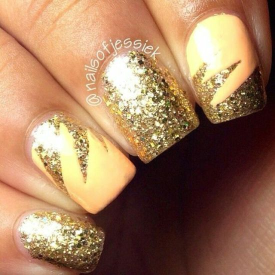 Astonishing yellow glitter nail design for 2016 - 33 Trendy Glitter Nail Art Design Ideas To Rock 2016