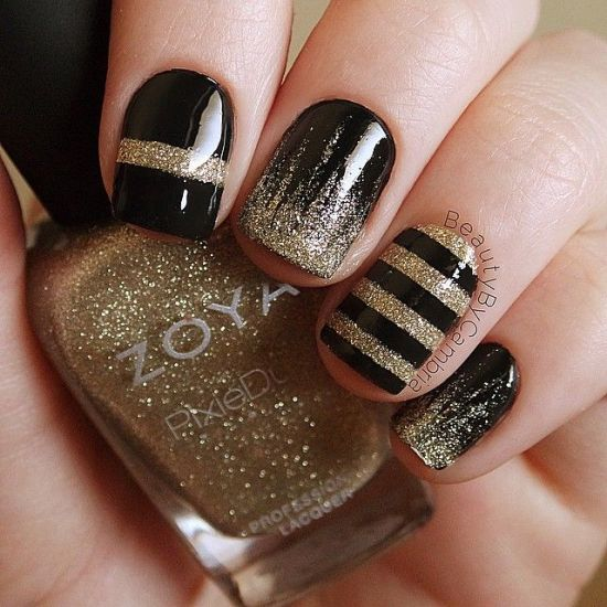 Beautiful striped black and gold nails - 35 Perfect Black And Gold Nail Art Designs