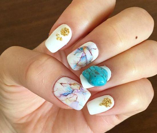 Cool abstract white nails with stone nail design - 35 Abstract Stone And Rhinestone Nail Art Nail Design Ideaz