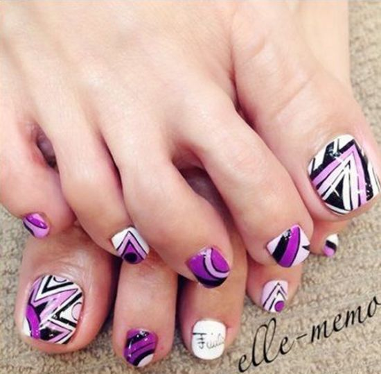 37 pedicure nail art designs that will blow your mind cute violet white and black tribal toe nail art prinsesfo Image collections