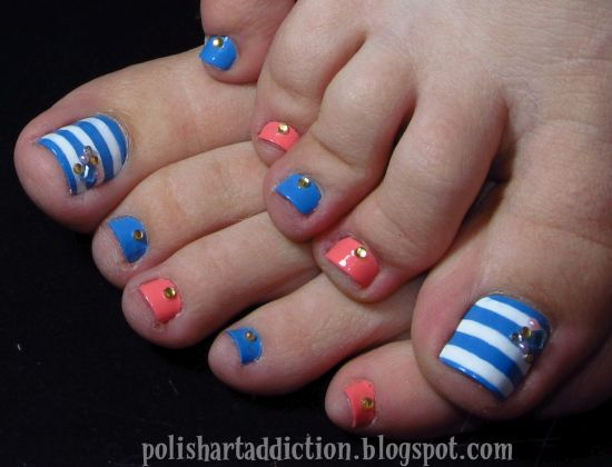Fancy DIY toe nail designs in blue and white stripes - 37 Pedicure Nail Art Designs That Will Blow Your Mind