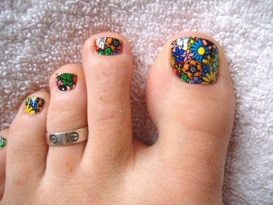 37 pedicure nail art designs that will blow your mind summer floral toe nail design prinsesfo Images