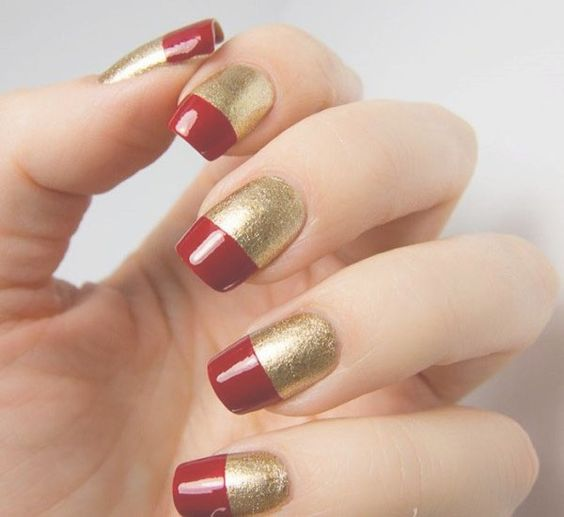 35 Attractive Red And Gold Nails For Everyone