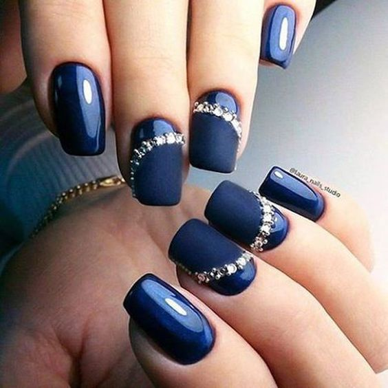 30 Enchanting Navy Blue Nail Designs | Nail Design Ideaz