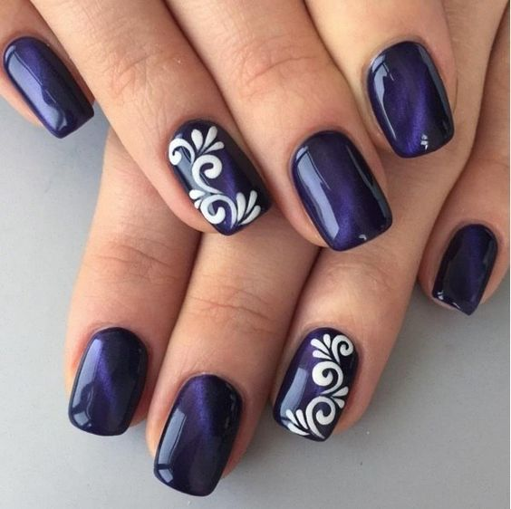 35Ornamental Accent On Royal Blue Nails - 35 Exceptional Accent Nail Art Ideas Nail Design Ideaz