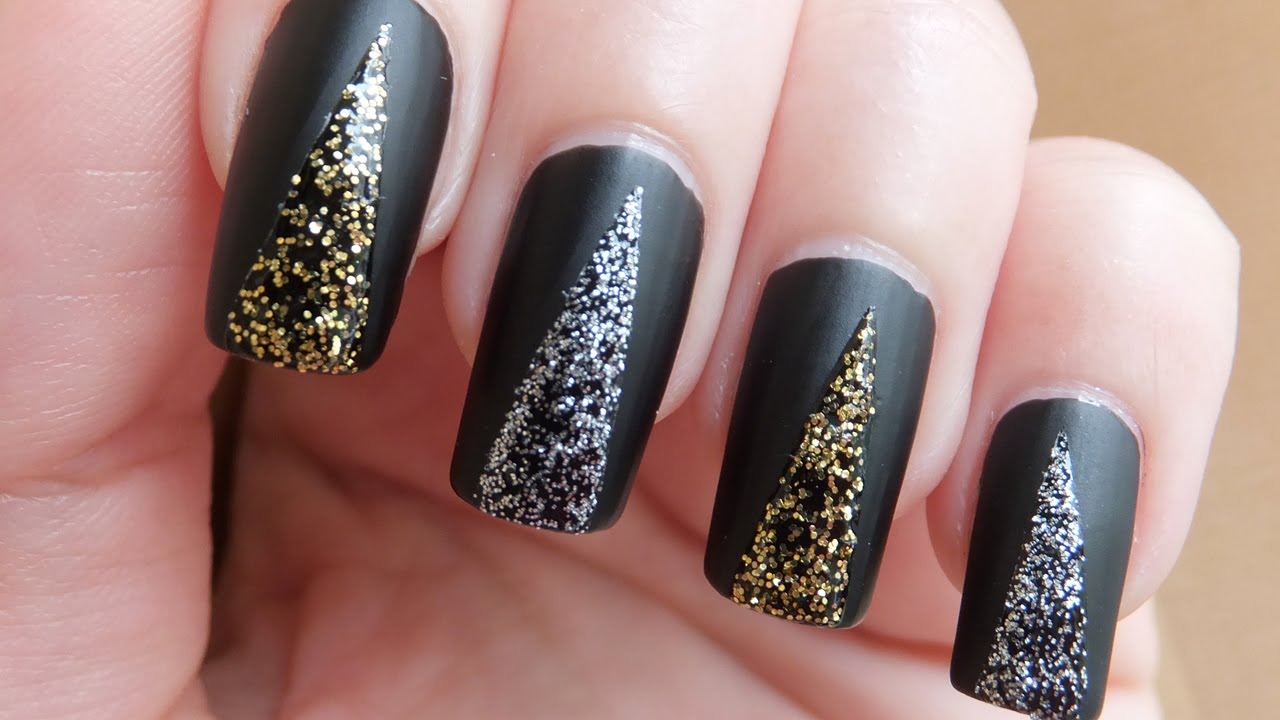 30 Exquisite Black Prom Nails | Nail Design Ideaz