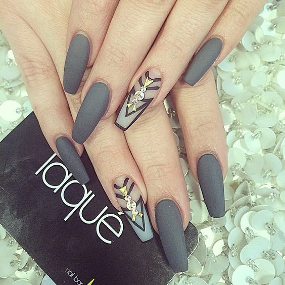 40 Attractive Gray Nail Designs Nail Design Ideaz