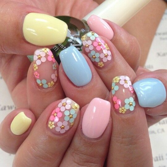 26 Impossible Japanese Nail Art Designs: 40 Gorgeous Flowers On Nails Designs