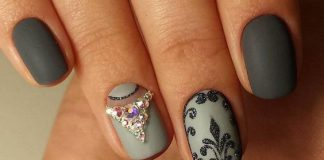 Sophisticated Grey Nail Art