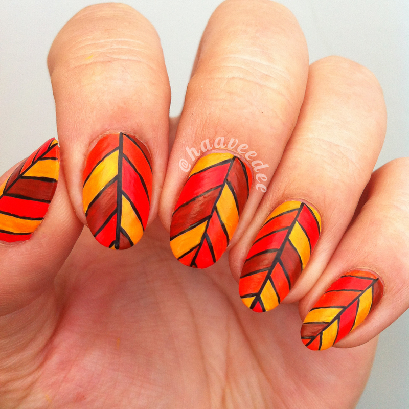 abstract-style-into-leaf-nail-art