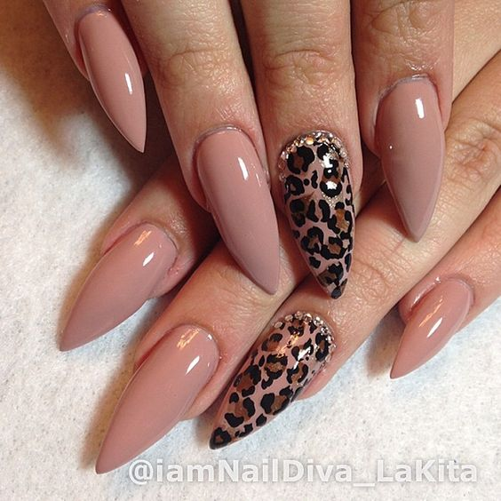 32Cheetah Nail Accent On Nude Stiletto Nails - 34 Awesome Cheetah Print Nails Nail Design Ideaz