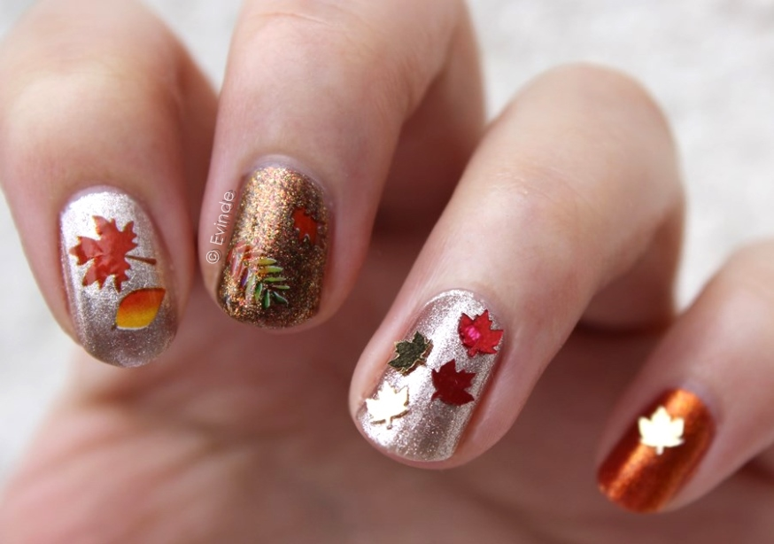 Cute Silver And Gold Autumn Nails