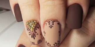 Elegant Ornate Squaval Nails