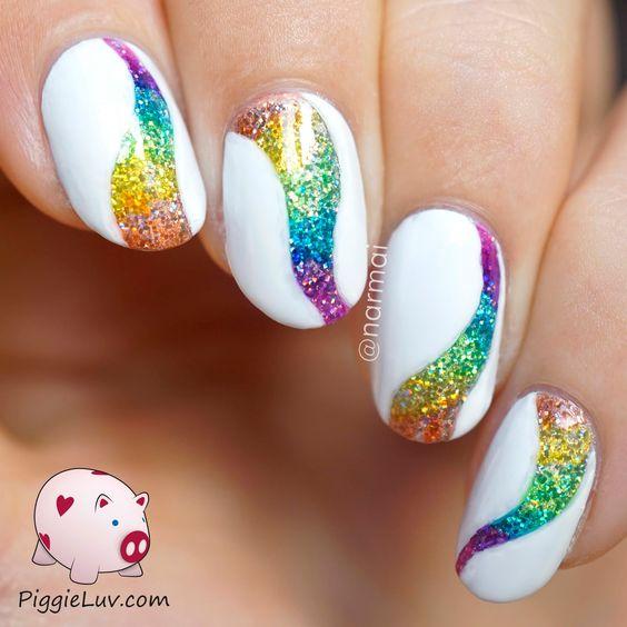30 Elegant White Nails With Glitter | Nail Design Ideaz