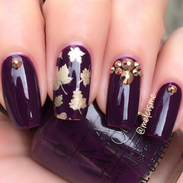 gorgouse-violet-and-gold-with-rhinestone-nails