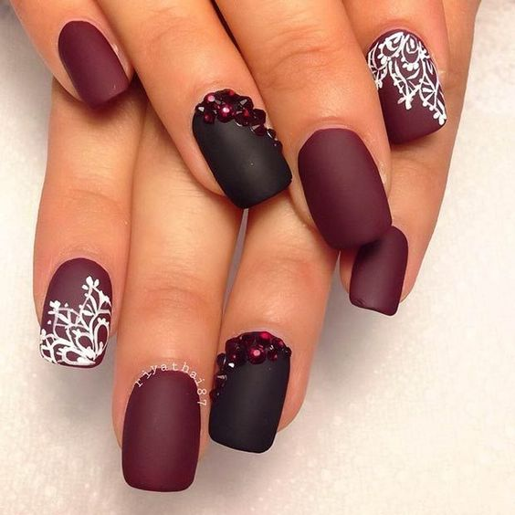 37 undeniably beautiful nail designs nail design ideaz image credit nail art designs prinsesfo Image collections