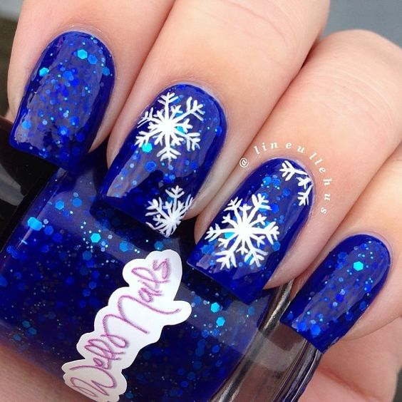 30snowflakes On Blue Gel Nails