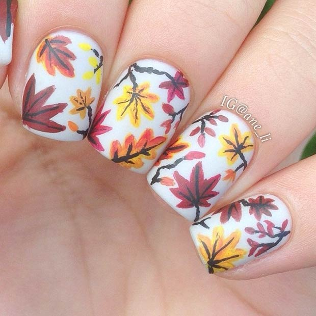 square-autumn-leave-nail-art