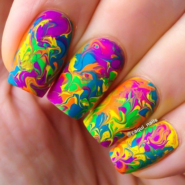 35 Spectacular Water Marble Nail Art