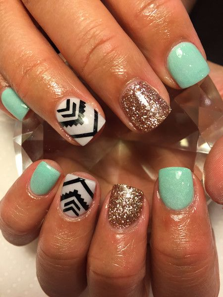40Black Aztec Nail Accent - 40 Fab Aztec Nails Nail Design Ideaz